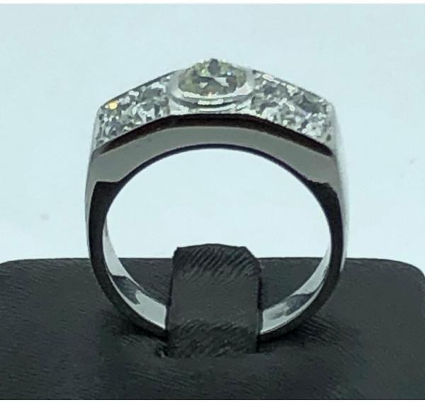 Sortija oro blanco y diamantes talla antigua