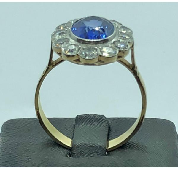 Sortija oro amarillo con zafiro y diamantes talla antigua